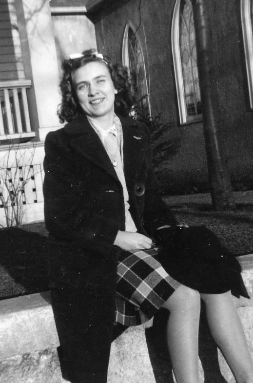 Phyllis1944